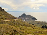 Боливия. Озеро Титикака. Copacabana is a pilgrimage town with a famous cathedral on the shores of lake Titicaca in Bolivia. Фото flocutus - Depositphotos