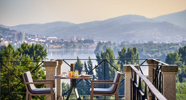 Клуб путешествий Павла Аксенова. Португалия.  Six Senses Douro Valley. Breakfast with a view