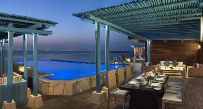 Катар. Banana Island Resort Doha by Anantara. Three Bedroom Overwater Villa Bedroom