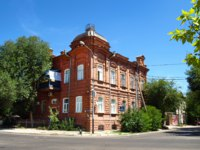 Россия. Архитектура Астрахани. An old house in the city of Astrakhan. Russia. Фото trewq7239 - Depositphotos