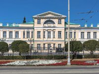 The building of the State Stone-Cutting and Jewelry Art History Museum. The classical mansion was built in 1821 by design of architect Mikhail Malakhov