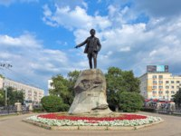 Екатеринбург. Памятник Я. Свердлову. Yakov Sverdlov Monument. The monument by sculptor Kharlamov and Dombrovskiy on June 15, 1927. Фото markovskiy-Depo