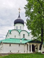 Золотое кольцо России. Александров. Trinity Cathedral . The tsar residence in the Alexandrovskaya village is an old Russian fortress. Фото borisb17 - Depositphotos