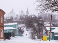 Золотое кольцо России. Гороховец. Winter view of the ancient Russian town of Gorokhovets. The old Nikolsky Monastery anf sculpture of the days of socialism. Фото Ori