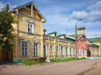 Золотое кольцо России. Иваново. The building of the first railway station, built in 1894, it is now an warehouse and stores. Ivanovo. Russia. Фото Jim_Filim-Dep