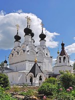 Золотое кольцо России. Муром. Trinity cathedral (1643) in Holy Trinity Monastery of Murom city, Vladimir region, Russia. Фото viknik - Depositphotos