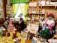 Россия. Мышкин. Музей мыши. Museum of toy mouses in the small town Myshkin in Russia. Фото Alenmax - Depositphotos