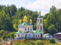 Золотое кольцо России. Плес. Stone Resurrection Church, Ples, Golden Ring of Russia. Фото Lenorlux - Depositphotos