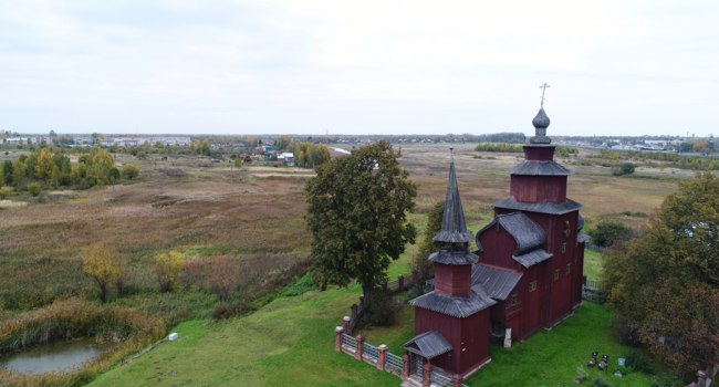 Россия. Ростов Великий. Церковь Иоанна Богослова на Ишне. Church of St. John the Evangelist, aerial view, Russia, Yaroslavl region, Bogoslov. Фото 7433380-Deposit