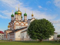 Россия. Ростов Великий. Троице-Варницкий монастырь. The Sergius of Radonezh Cathedral in the Trinity-Sergius Varnitsky monastery. Фото MariMarkina-Deposit