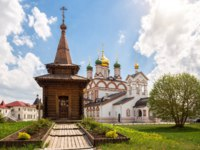 Wooden chapel of St. Sergius of Radonezh in the Trinity-Varnitsky Monastery. Village of Varnitsa, Rostov the Great. Фото YuliaB - Depositphotos