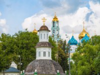 Золотое кольцо России. Сергиев Посад. View of the bell tower and dome of the Trinity-Sergius Lavra. Фото IrinaDance - Depositphotos