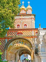 Gate Church of St John the Baptist, located at the entrance to the St Sergius Trinity Lavra and decorated with painted. Фото efesenko - Depositphotos
