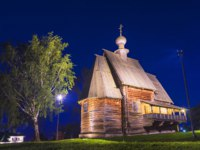 Золотое кольцо России. Суздаль. Old wooden church in Suzdal night. gold ring of Russia. Фото deb-37 - Depositphotos