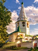 Золотое кольцо России. Суздаль. Suzdal Kremlin at sunset. Suzdal, Golden Ring of Russia. Фото scaliger - Depositphotos