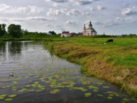 Суздаль. Церковь Ильи Пророка на Ивановой горе. The Golden ring of Russia, city-reserve Suzdal. Фото Simanovskiy - Depositphotos