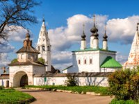Суздаль. Александровский монастырь. Alexandrovsky monastery in Suzdal, Golden Ring of Russia. Фото scaliger - Depositphotos