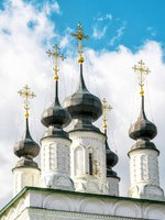 Суздаль. Александровский монастырь. The Saint Alexander Convent (Alexandrovsky monastery) in the ancient town of Suzdal, Russia. Фото scaliger - Depositphotos