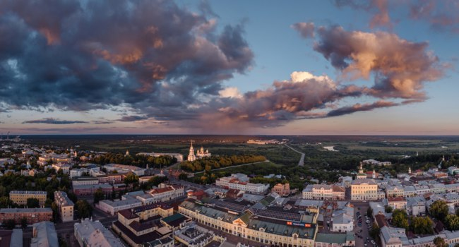 Владимир. Aerial view on the center of the city of Vladimir and Assumption Cathedral and Uspenskiy Cathedral on sunset. Vladimir. Russia. Фото vladstocker-Deposit