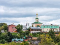 Золотое кольцо России. Владимир. Panoramic summer view of Vladimir, Russia. Golden Ring of Russia. Residential area of the city. Фото katuka - Depositphotos