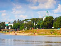 Золотое кольцо России. Ярославль. View of Yaroslavl with Kotorosl river. Russia. Фото Jim_Filim - Depositphotos
