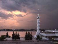 Золотое кольцо России. Ярославль. Sunset over the Volga River. River port in Yaroslavl. Russia. Фото Belikart - Depositphotos