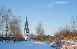 Золотое кольцо России. Юрьев-Польский. Temple in St. George's, Polish winter in the snow. Фото Kannap - Depositphotos