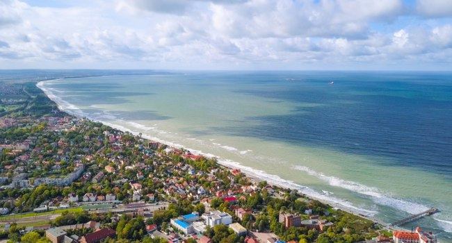 Россия. Калининградская область. Зеленоградск. Panoramic view of the Baltic Sea. Zelenogradsk. Russia. Фото MaykovNikita - Depositphotos