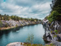 Россия. Карелия. Горный пMarble quarry in Ruskeala Mountain Park. The Ruskeala marble deposit was discovered in 1765. Фото aannaivanovna@yandex.ru-Deposit