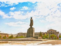 Россия. Открытка с видом Красноярска. Krasnoyarsk. Cityscape. Monument to the leader on Karl Marx street. Oil paint on canvas. Фото ppl1958 - Depositphotos