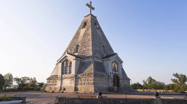 Россия. Севастополь. Свято-Никольский храм. Church in the name of St. Nicholas the Wonderworker at the Bratskoye cemetery in Sevastopol. Фото muhor-Dep