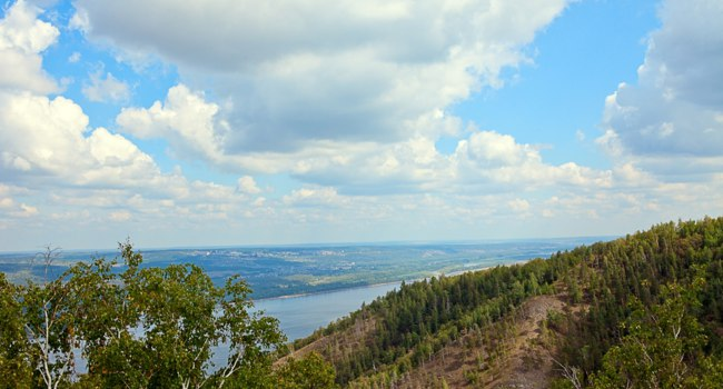 Россия. Жигули. Samara Bend State Natural National Park located in the Samara region Rosiiya view from Mount Strelnaya. Фото themanwhophoto - Depos