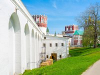 Россия. Москва. Новодевичий монастырь. Novodevichy Convent is one of the most scenic monastery complex in Moscow, Russia. Фото efesenko-Depositphotos