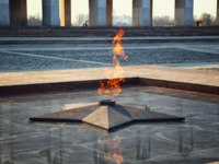 Eternal Flame-symbol of victory in World War II. Poklonnaya Gora, Victory Park, the Museum of the Great Patriotic War, Moscow, Russia. Фото Devin_Pavel-Depositphotos