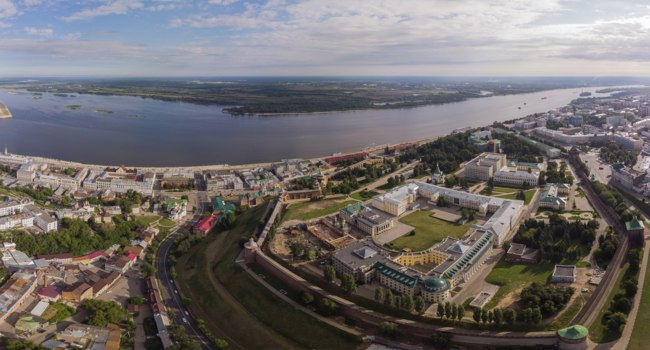 Россия. Панорама Нижегородского кремля. Panorama View City Nizhny Novgorod Height Aerialviewfrom Quadrocopter. Фото SPphot - Depositphotos