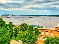 Россия. Вид из Нижегородского кремля. View of the Volga river from the Kremlin in Nizhny Novgorod, Russia. Фото Leonid_Andronov - Depositphotos