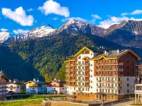 Россия. Сочи. Курорт Красная поляна. Mountain Olympic Village, Rosa Peak Ski Resort, Sochi, Russia. Фото ValeryBocman - Depositphotos