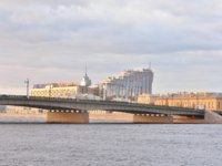 Россия. Санкт-Петербург. Литейный мост через Неву. Liteynyy (Foundry) Bridge across the Neva River. St. Petersburg. Russia. Фото konstsem - Depositphotos