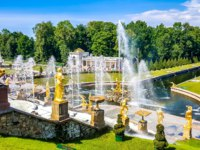 Россия. Санкт-Петербург. Петергоф. Большой каскад. View of the Peterhof Palace, the Grand Cascade and Samson Fountain in Peterhof, Russia. Фото Sforzza - Deposit