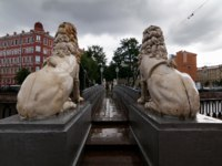 Россия. Санкт-Петербург. Львиный мостик на канале Грибоедова. The Lion's Bridge through Griboyedov Canal. St. Petersburg. Russia. Фото Mihashi-Depositphotos
