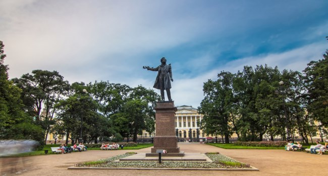 Monument to Alexander Pushkin timelapse hyperlapse on Ploshchad Iskusstv (Arts Square) in front of the Russian Museum (Mikhailovsky Palace) in St.-Petersburg, Russia