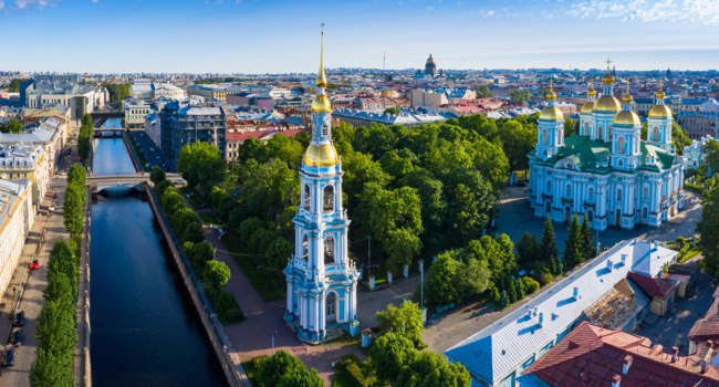 Россия. Санкт-Петербург. Никольский морской собор. The St. Nicholas Naval Cathedral. St. Petersburg, Russia. Фото GrinPhoto - Depositphotos