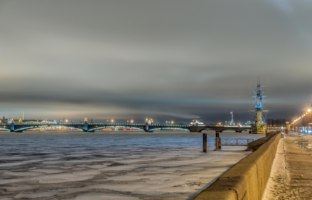 Клуб Павла Аксенова. Россия. Санкт-Петербург. Панорама Троицкого моста. View of Trinity Bridge in Saint Petersburg. Russia. Фото artfotoss-Depositphotos
