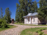 Ленинградская область. Верхние Мандроги. Learn Russia's Rural Past in this Village with Wooden Architecture. Фото fotoall-Depositphotos