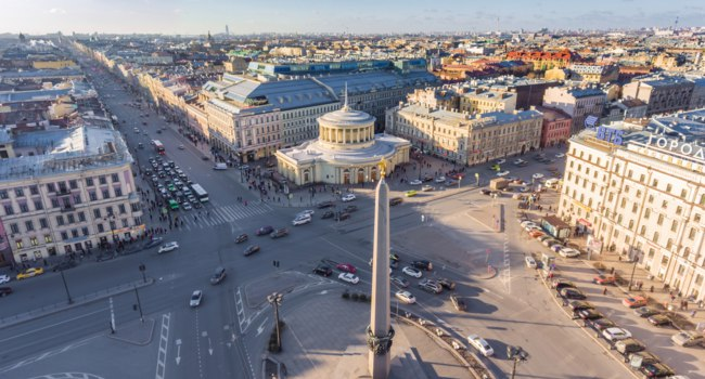 Россия. Санкт-Петербург. Площадь Восстания. Aerial view of Vosstaniya Square in St.Petersburg, Russia. Фото VladimirDrozdin - Depositphotos