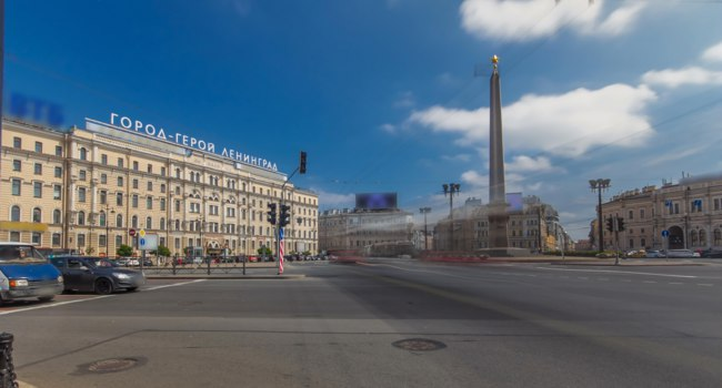 Россия. Санкт-Петербург. Площадь Восстания. Panorama of Vosstaniya Square in St.Petersburg, Russia. Фото neiezhmakov - Depositphotos