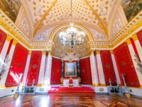 Россия. Санкт-Петербург. Эрмитаж. The interior of the Petrovsky Small Throne Hall in the State Hermitage, a museum of art and culture in St.Petersburg. Фото teddy