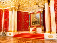 Россия. Санкт-Петербург. Эрмитаж. Petrovsky Small Throne Hall in the State Hermitage, a museum of art and culture in St Petersburg. Фото gilmanshin-Deposi