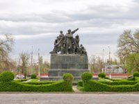 Россия. Город-герой Волгоград. Monument to the heroes of the red Tsaritsyn defense set in the square of metallurgists in Volgograd, Russia. Фото shinobi-Deposit