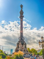 Испания. Каталония. Барселона. Columbus monument in Barcelona, Catalonia, Spain. Фото marcorubino - Depositphotos